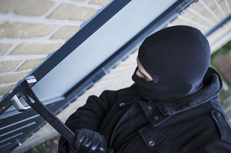 Vidéosurveillance ou alarme intrusion pour éviter les cambriolages dans son nouveau logement.